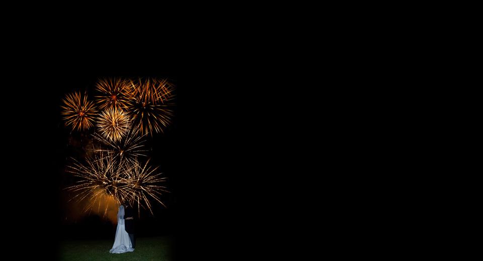 slide-3-wedding-fireworks-company