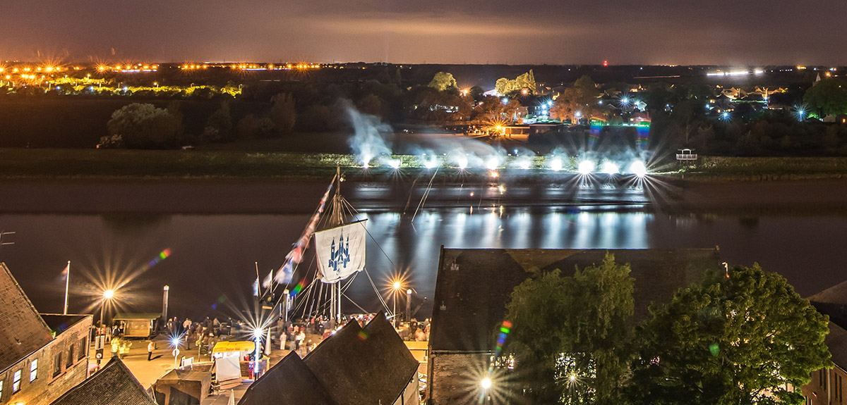 fireworks display kings lynn hanse may 2015